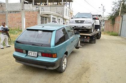 Tres presuntos 'robacarros' son detenidos en operativo