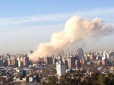 Explosión en un edificio de Argentina deja un muerto y decenas de heridos