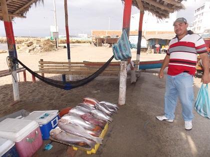 Pescado bueno y barato se oferta en la playa de Jaramijó