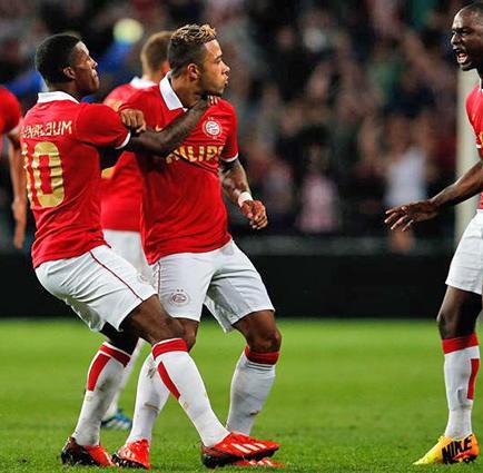 PSV, Steaua y Celtic con ventaja ante sus rivales