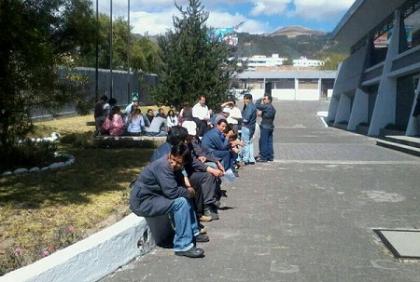 Periodistas de Diario Hoy hicieron huelga por atrasos de pagos