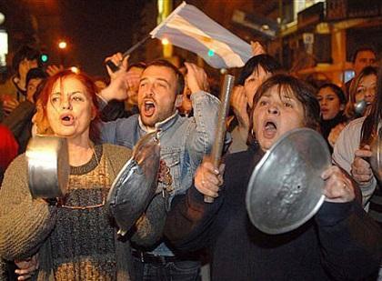 Nuevo 'cacerolazo' en Argentina para último día de campaña Buenos Aires