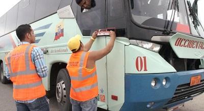Desde esta semana se colocan sellos en los buses que salen de la Terminal Satélite