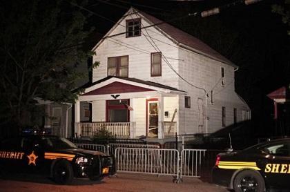 Demuelen casa donde estaban secuestradas tres mujeres en Cleveland