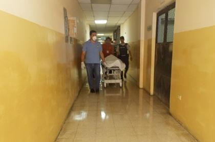 Hombre muere tras lanzarse del segundo piso del Palacio de Justicia al ser culpado de violación