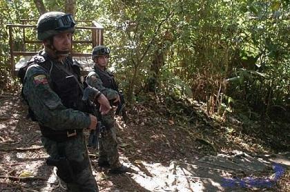Un militar ecuatoriano y 5 presuntos delincuentes mueren en frontera con Colombia