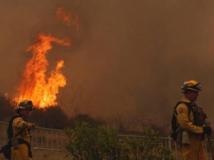 Incendio que azota el sureste de California obliga a evacuar a 1.500 personas
