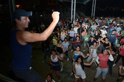 Música, baile, relajación y deporte en el Bombolí