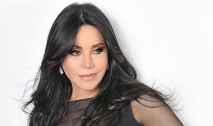 La 'vida no va a ser igual' sin Betty Pino, dice Julio Iglesias