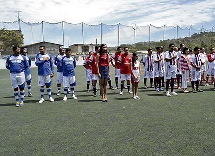 Ocho equipos participan en torneo de fulbito