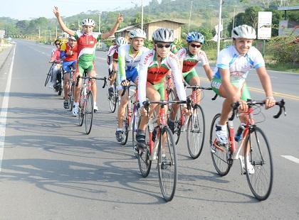 Mantenses participarán en competencia de ciclismo