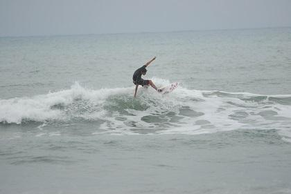 "Se prepara la tercera fecha del circuito de verano ""Surf Sumbawa 2013"""