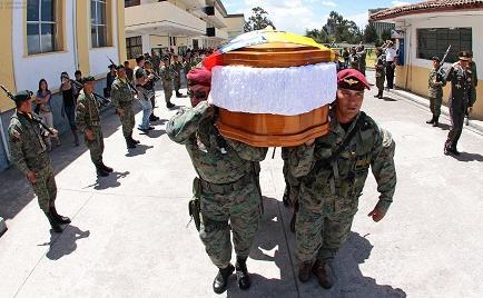 Militar muerto en Sucumbíos es despedido con honores