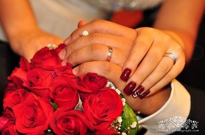 Decenas de costarricenses aparecen casados con desconocidos