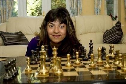 Niña de 11 años tiene el coeficiente intelectual superior al de Albert Einsten