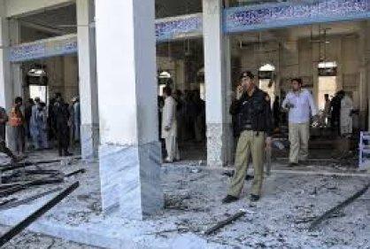 Al menos diez muertos en un ataque a la salida de una mezquita en Pakistán