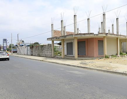 Se prevé construir un local de Super Aki en terreno de la avenida América