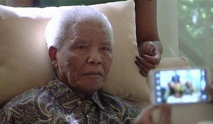 Nelson Mandela es capaz de 'sentarse', según su hija menor