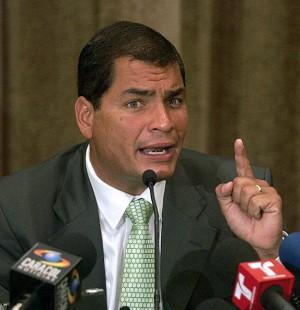 Correa ordena defender vida de soldados y repeler incursiones