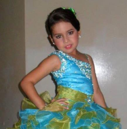 Miss Niña Queen es mantense