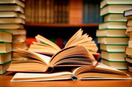 Libros eróticos eran entregados en escuelas