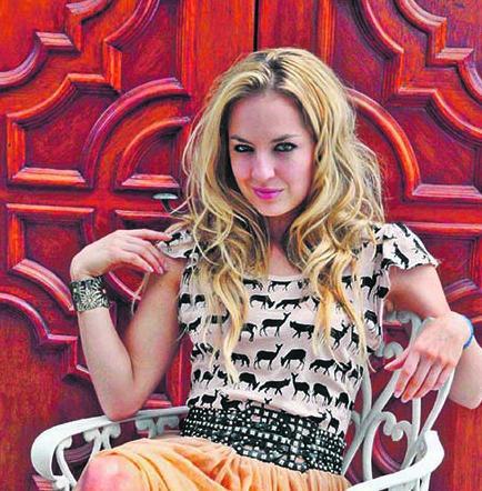 GAabriela Villalba vuelve a escenarios musicales
