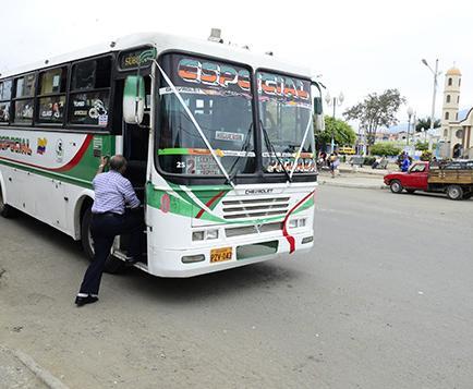 PIDEN BUSES HACIA EL REGISTRO CIVIL