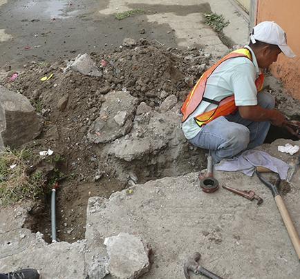 Conectan redes de agua potable