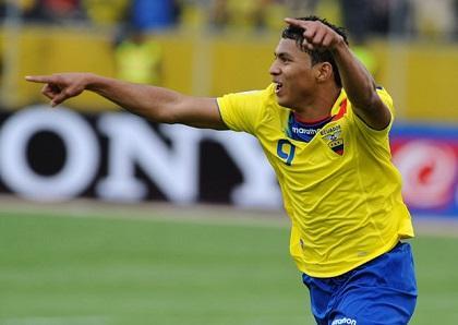 Jefferson Montero no jugaría ante España por una lesión