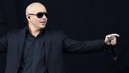 Pitbull crea un centro educativo en Miami
