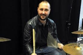 Muere Jon Brookes, baterista de 'The Charlatans'