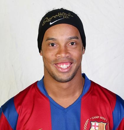 Ronaldinho se sometió a una cirugía