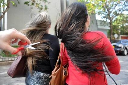 Nuevo tipo de 'piraña' ataca las cabelleras de las mujeres venezolanas