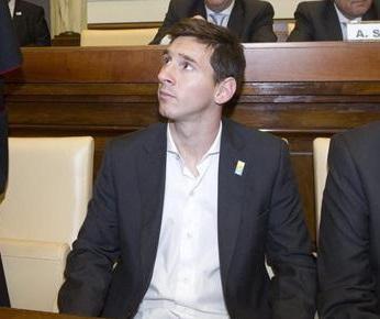 Messi no jugará mañana con Argentina en el partido ante Italia