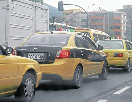 Concluyó el plazo para legalizar los taxis ejecutivos en el país