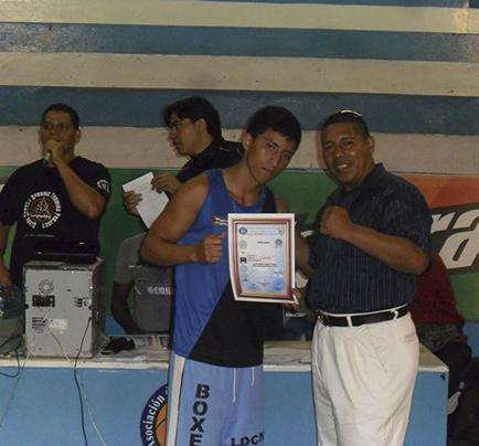 César Mieles estará en el torneo nacional de kick boxing