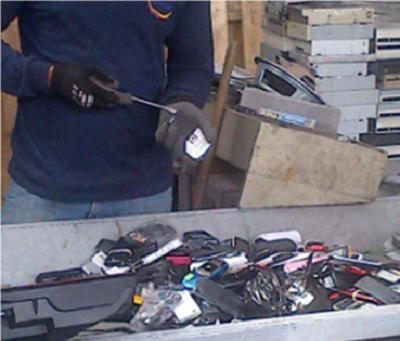 SRI destruye 1.560 artículos incautados en procesos de control