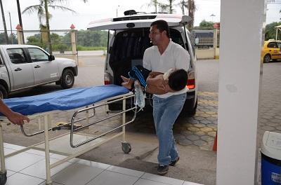 12 personas resultaron heridas en un accidente en la vía El Carmen-Pedernales