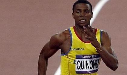 Álex Quiñónez clasificó a semifinales de los 200 metros en Moscú