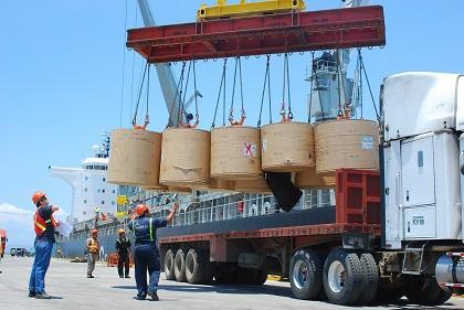 Analista destaca las ventajas del puerto de Manta