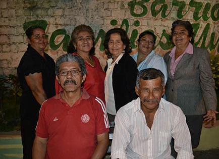 Barrio 'Familias unidas' celebra aniversario