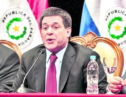 Cartes dice no haber recibido carta de Maduro