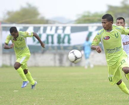 Gómez valencia   Clave en liga (p)
