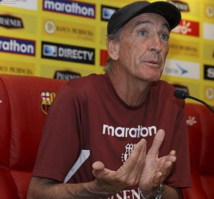 Soler impone reglas a su equipo y a la prensa