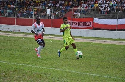 Liga de Portoviejo vence 4- 0 al Águilas