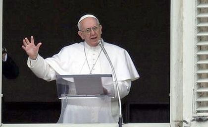 El papa Francisco dice que 'fe y violencia son incompatibles'