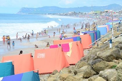 Convocan a una minga para limpiar las playas de Crucita