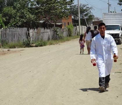 Habitantes de la ciudadela Costa Azul claman por alcantarillado