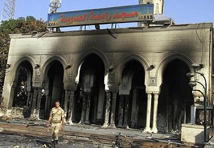 Mueren 36 presos durante protestas en Egipto