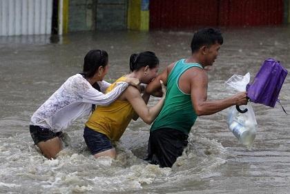 Mueren centenares de personas en China por fuertes lluvias